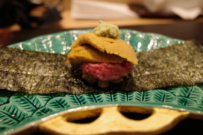 肉割烹であの人の寿司が食べられるなんて